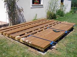 Construire une terrasse en bois - Comment realiser une terrasse en bois ...